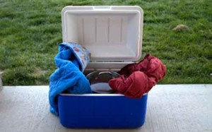 Homemade Thermal Cooker in an Ice Chest - Copyright Your Family Ark LLC