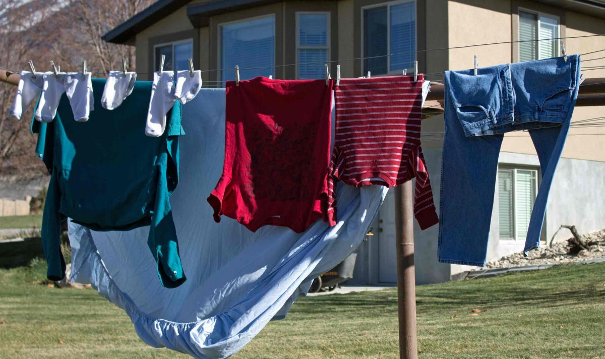 crisis laundry management how to clean your clothes without electricity using very little. Black Bedroom Furniture Sets. Home Design Ideas